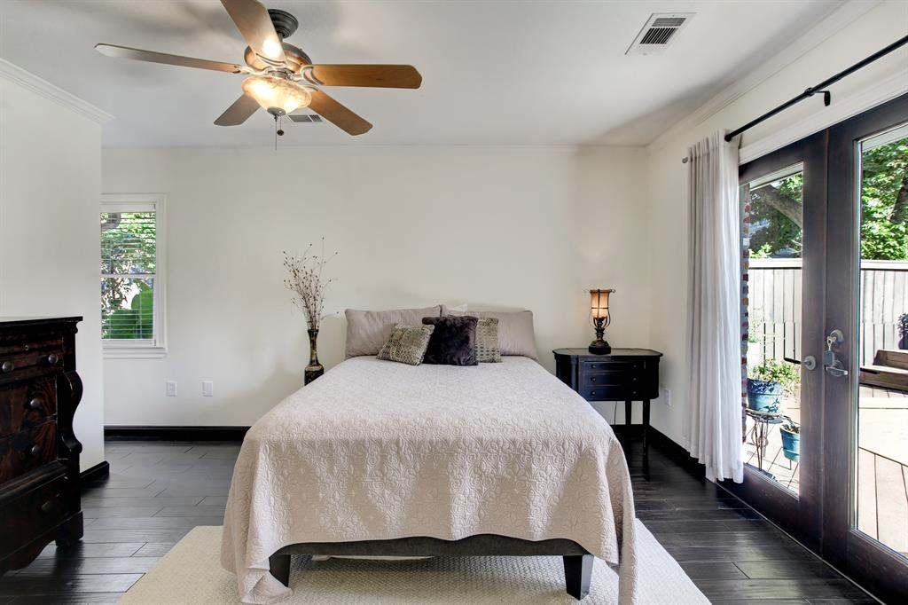 This is a queen bed though the space will readily fit a king and side tables.
