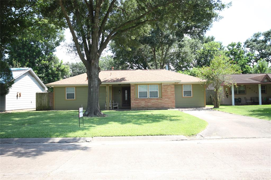 10130 Fleming Drive, Houston, TX 77013