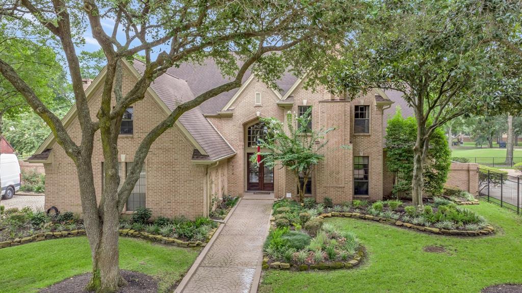 1906 Orchard Country Lane, Houston, TX 77062