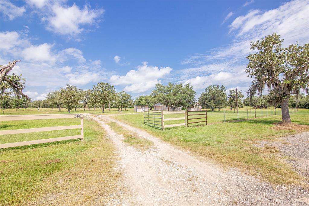 340 Deer Trail Lane, Goliad, TX 77963