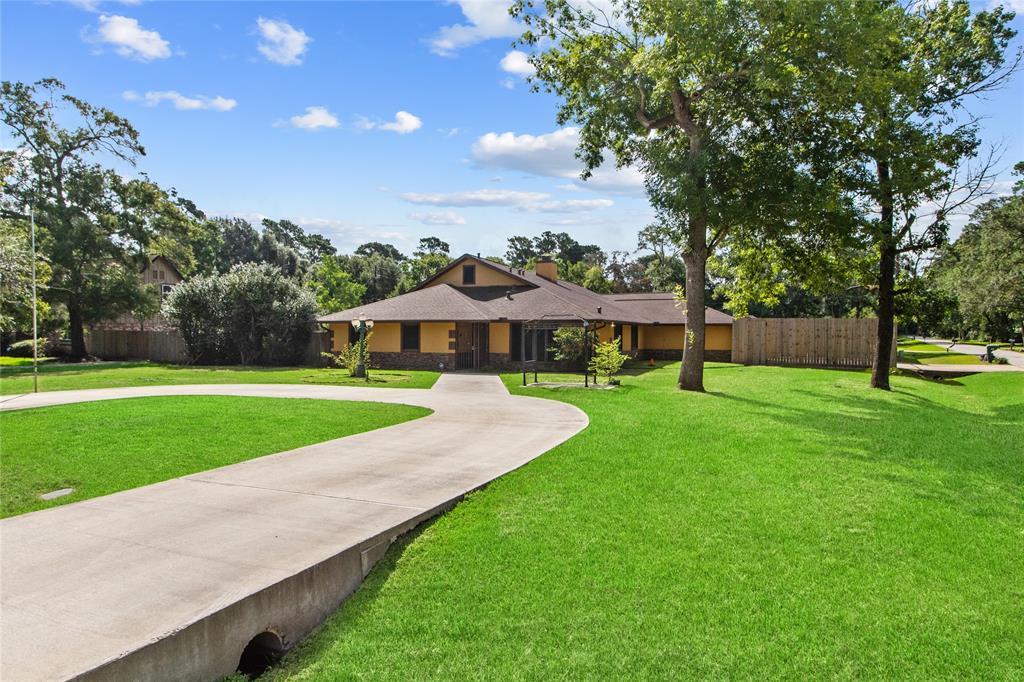 2517 Creekhickory Road, Houston, TX 77068