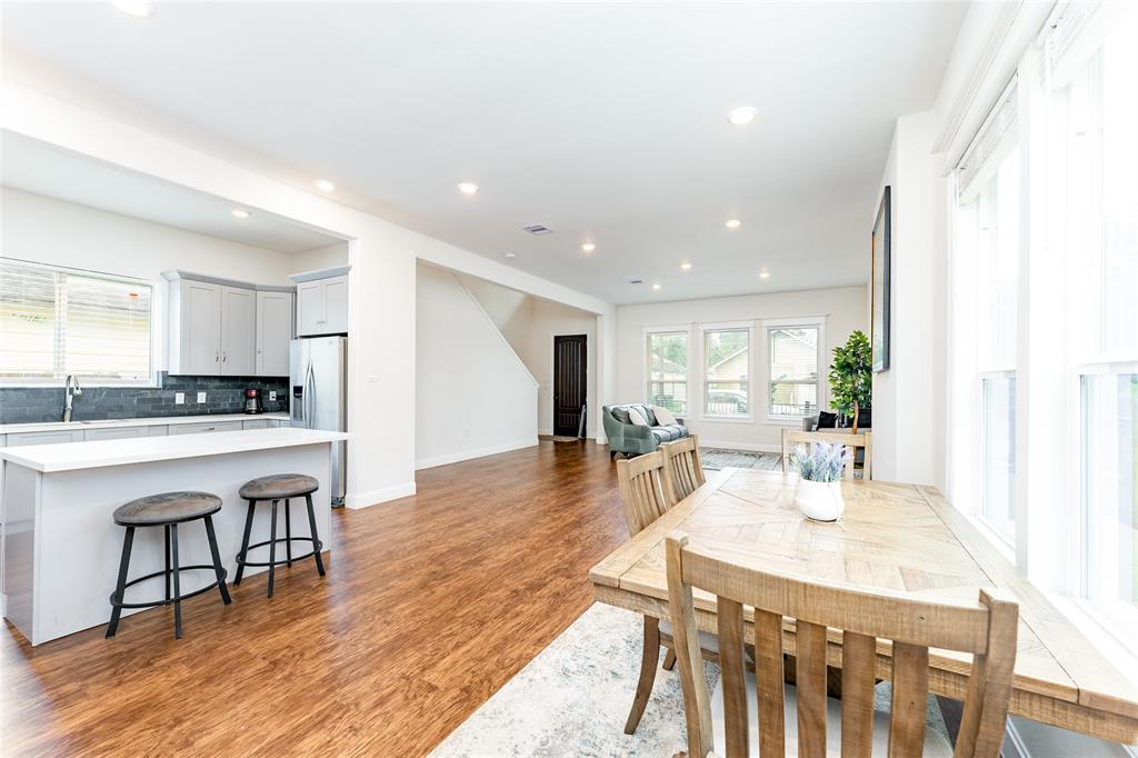 You're going to love this gorgeous single-family home.