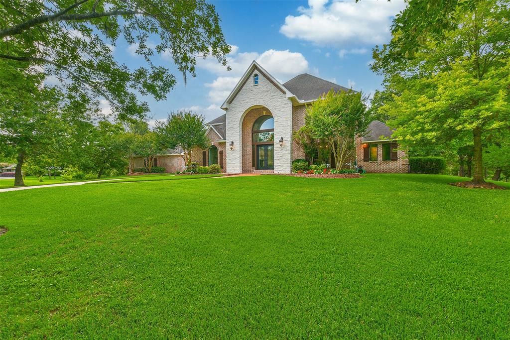 707 Oak Drive, Friendswood, TX 77546