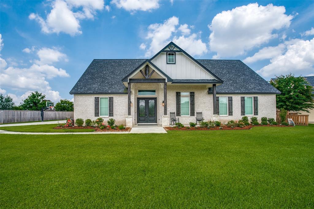 1016 Southern Oaks Drive, Angleton, TX 77515