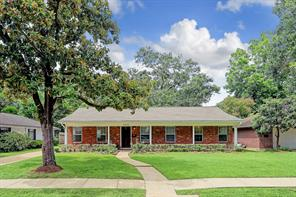 9822 Pine Lake Drive, Houston, TX 77055