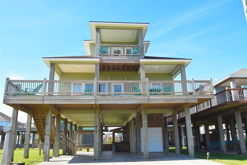 815 West Lane, Crystal Beach, TX 77650