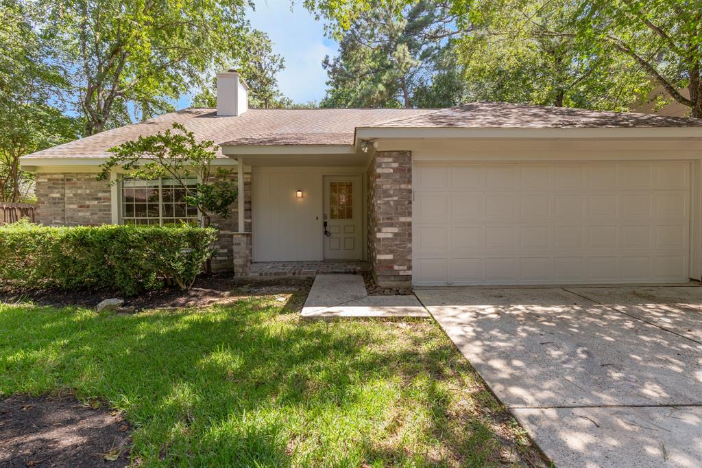 Newly remodeled and spacious one-story home, with in-ground pool located in The Woodlands Cochrans Crossing. Great location, exemplary schools and close to many local amenities. This open floor plan is perfect for entertaining,  large kitchen with pass through bar to living room. Three bedrooms with plenty natural light. All floors were just installed and home has extra storage/closet space. Kitchen updated with quartz kitchen countertops. 3 bedrooms and 2 full updated bathrooms in a one story house. Large front yard and fully fenced backyard with waterfall pool. In a cul du sac perfect location. Don't miss it!!!!