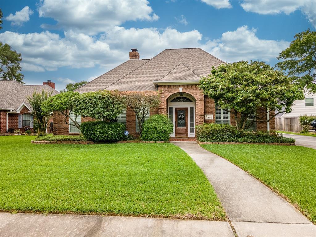 306 Oak Haven Street, Baytown, TX 77520