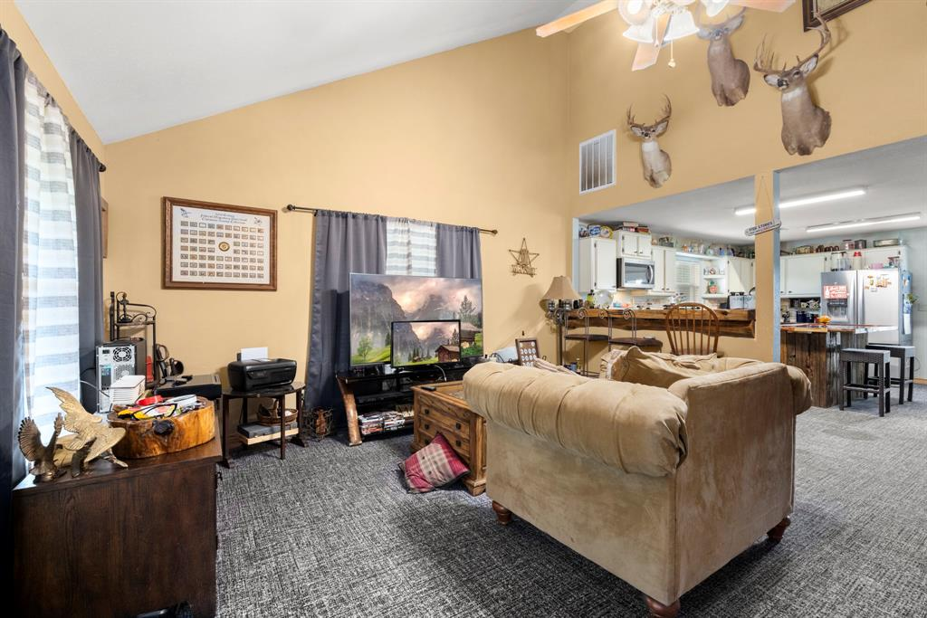 668 Twin Creeks Drive, Livingston, Texas 77351, 3 Bedrooms Bedrooms, 3 Rooms Rooms,2 BathroomsBathrooms,Country Homes/acreage,For Sale,Twin Creeks,38584271