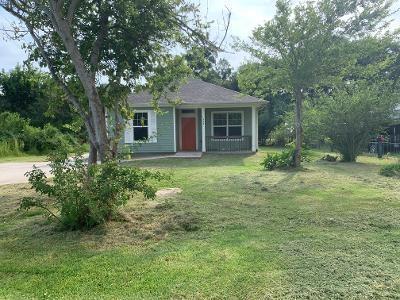 1429 Kane Lane, High Island, TX 77623