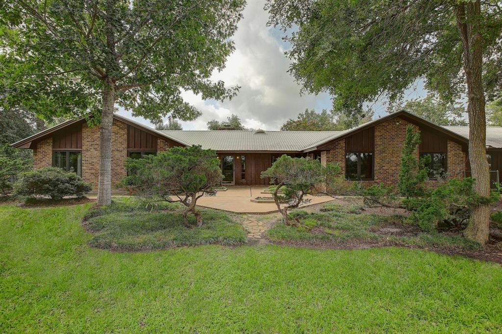 1228 Supak Lane Lane, La Grange, TX 78945
