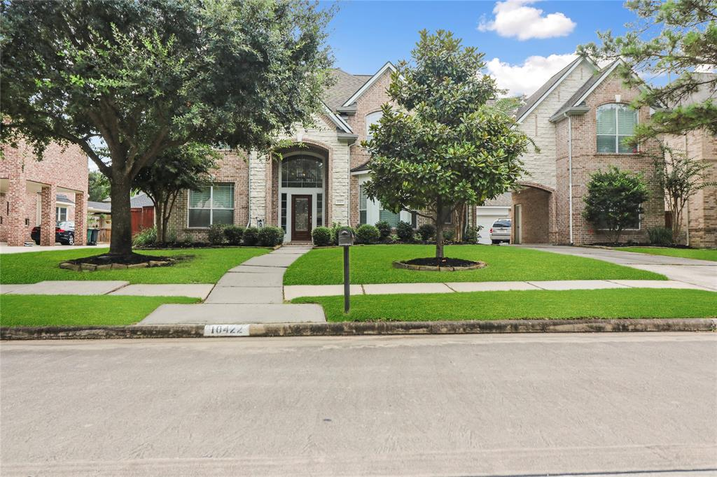 10422 Harnwell Crossing Drive, Spring, TX 77379
