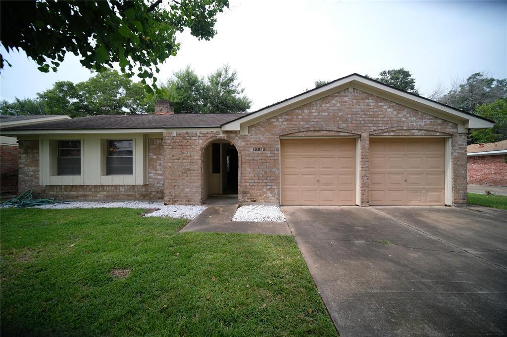12510 Shannon Hills Drive, Houston, TX 77099
