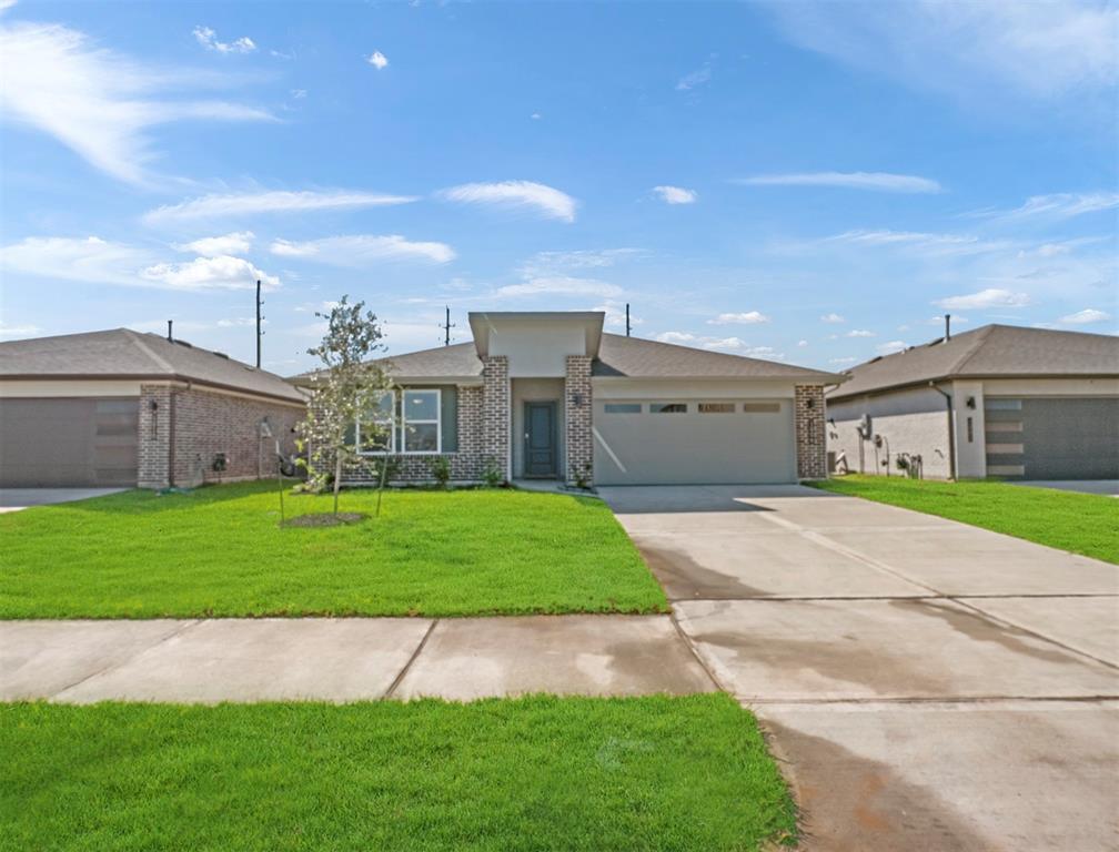 1006 Della Lane, Rosharon, TX 77583