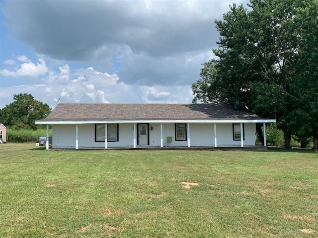 3 bedroom 2 bath 2048 sqft ranch style home sitting on 14+/- acres on FM 359