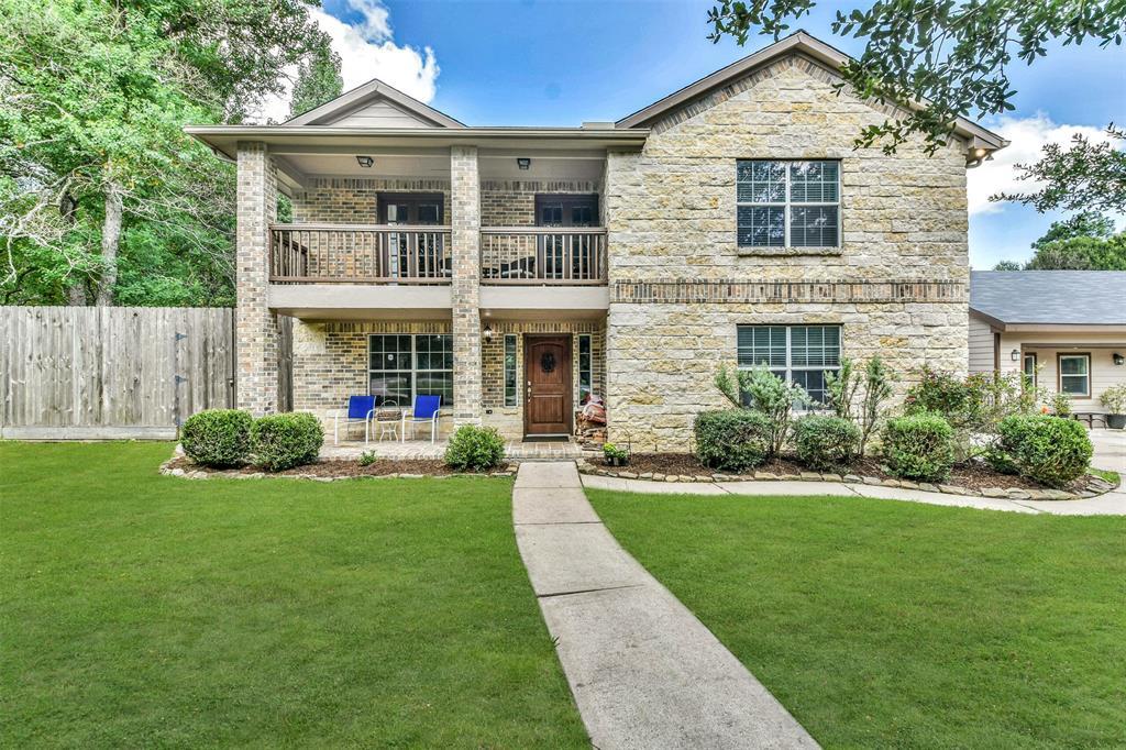 606 W Rollingwood Street, Pinehurst, TX 77362