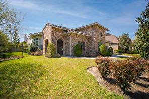 91 W Cresta Bend Place, The Woodlands, TX 77389