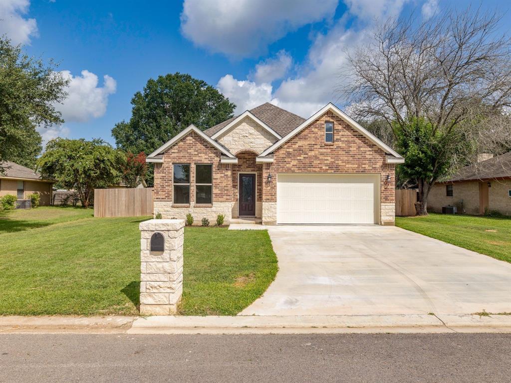 903 Lorey Lane, Caldwell, TX 77836