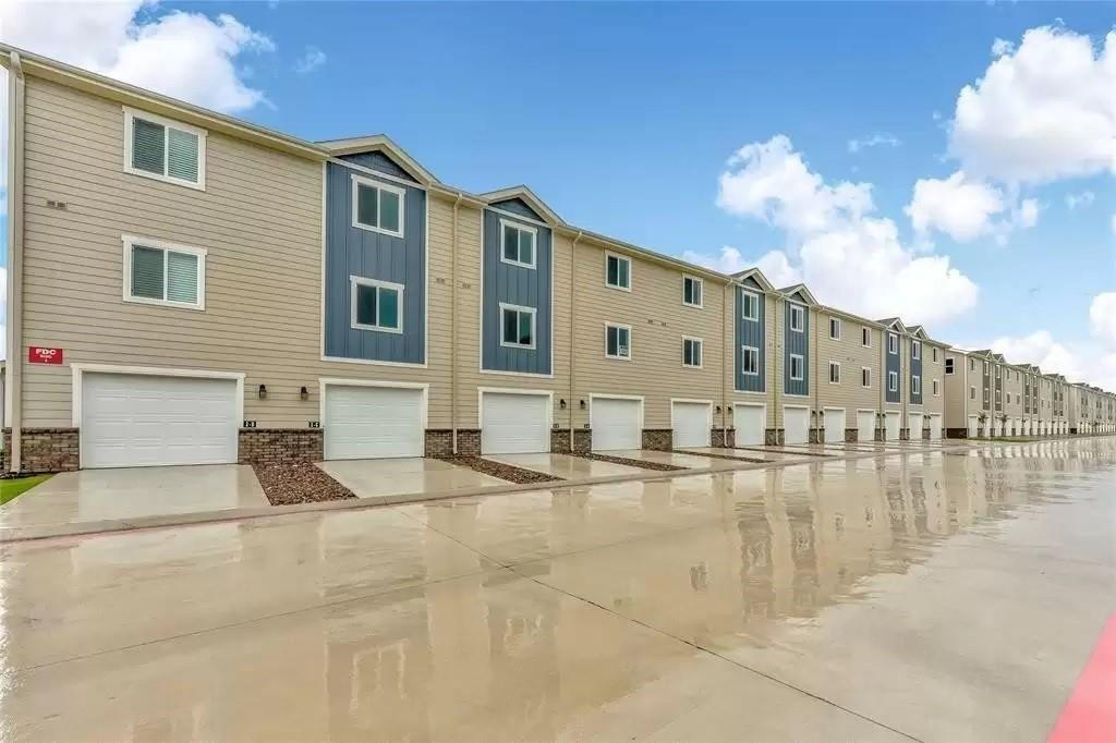 INVESTMENT OPPORTUNITY FOR AN OCCUPIED QUAD PLEX TOWNHOUSE ONLY.  100% occupied. 3-story floor plan with 3 bedrooms, 2.5 baths, and 1 car garage.  Additional parking spot on the parking pad behind the garage.  All units include a refrigerator, laundry washer, and dryer.  The unit is located right across the street from H.E.B. on the corner of 2920 and Gosling Road.  The neighborhood includes a playground, a dog park, and a green area to accommodate residents. Onsite property management is immediately available, but not required. An owner/investor can use or manage the units as desired to maximize returns. Photos of like units.  The current rent is $1550 but will increase to $1650.  The monthly maintenance fee is $200 per unit or $800 for quadplex.