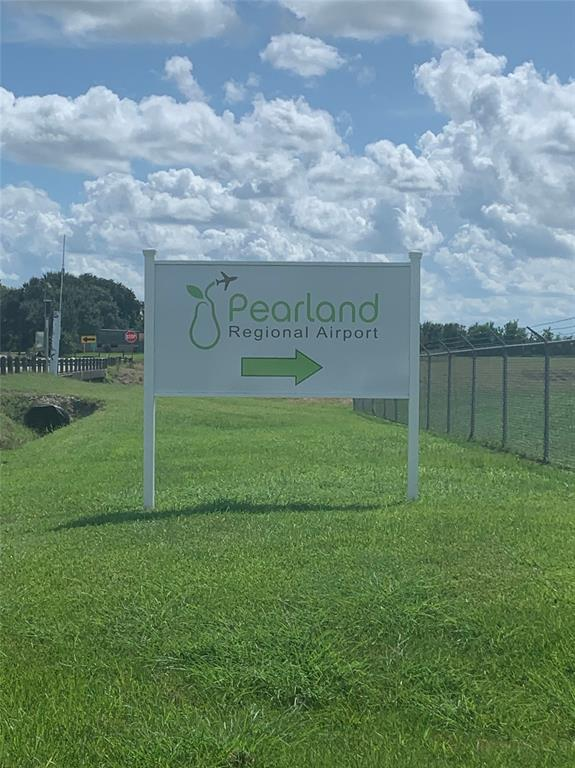 0000 Cloverfield County Road 130 Of, Pearland, TX 77581