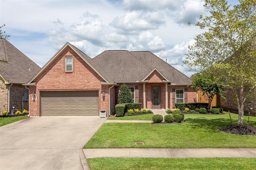 121 Winding Brook Drive, Lumberton, TX 77657