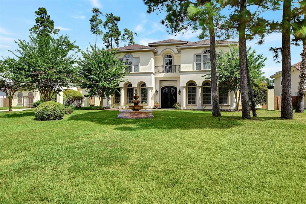 38 Oak Cove Lane, Kingwood, TX 77346