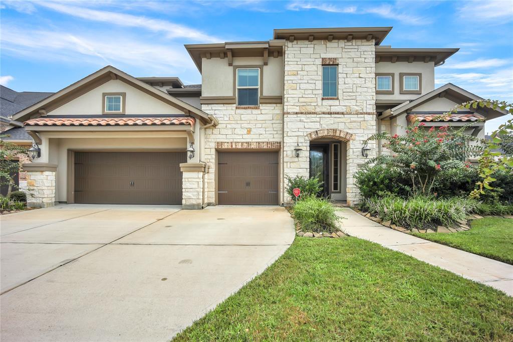 13902 Bell Valley Court, Houston, TX 77059