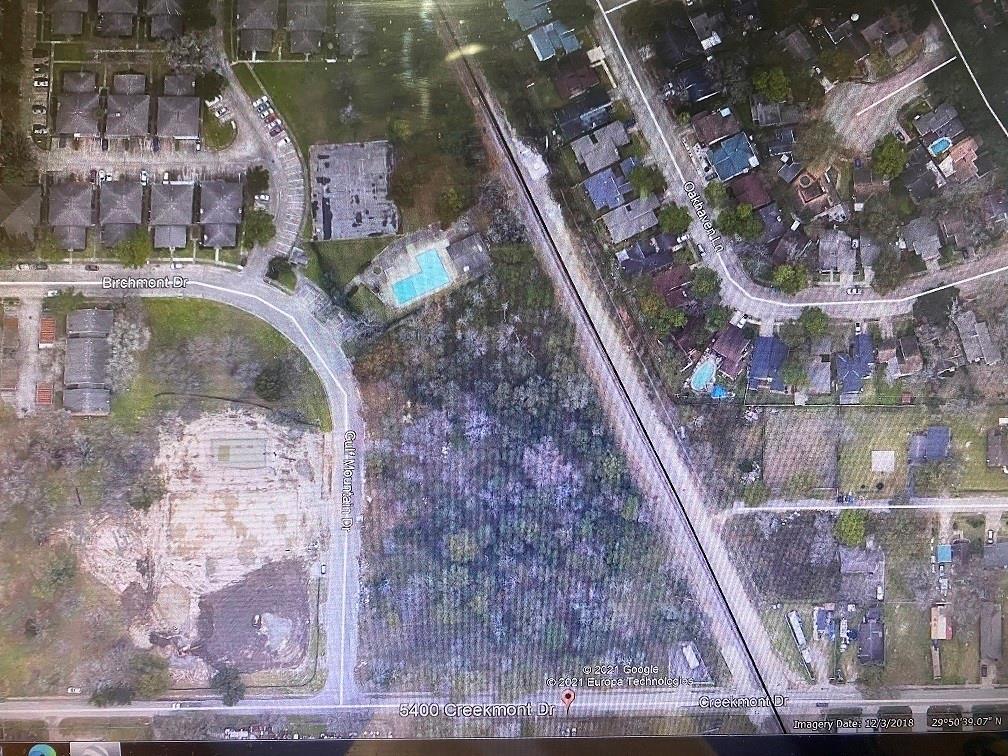 5400 Creekmont Drive, Houston, TX 77091