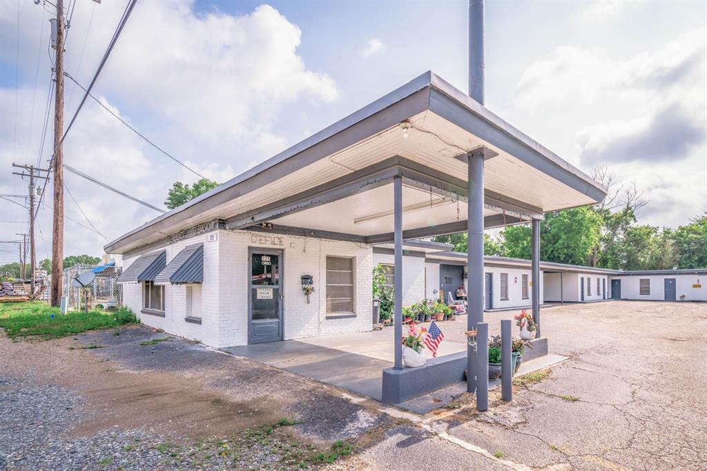 335 S Shelby Street Street, Carthage, TX 75633