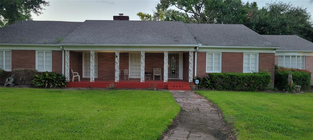 4381 N Macgregor Way, Houston, TX 77004