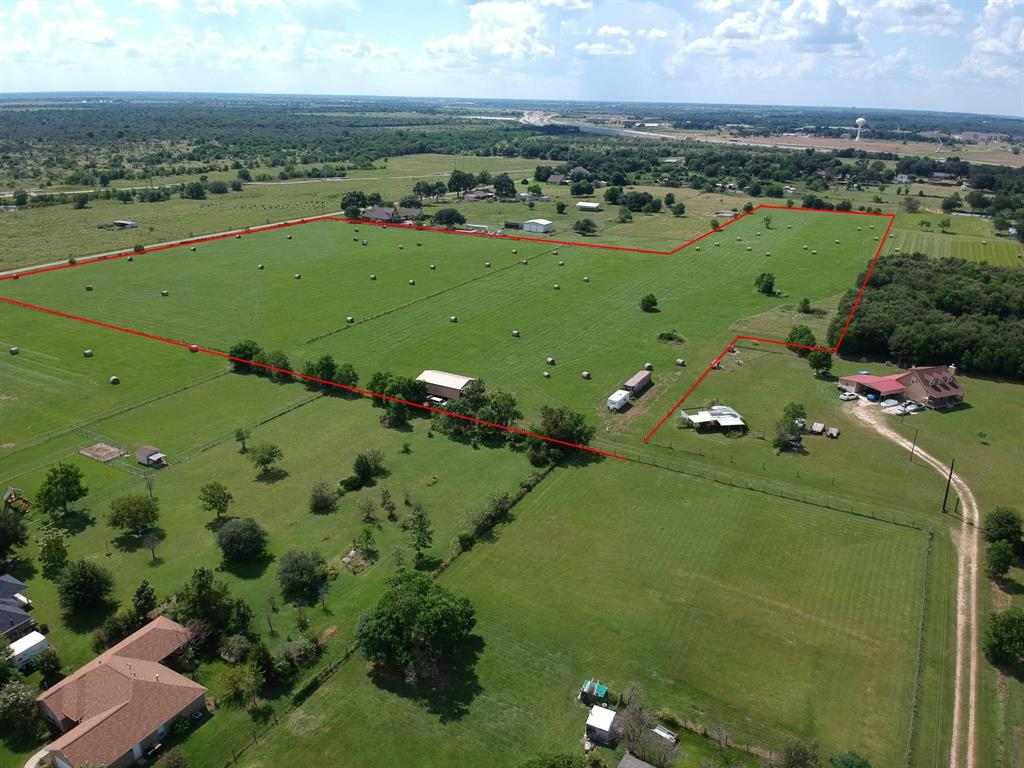 Over 17 acres in Sealy City Limits.   There is approximately 650 ft. of road frontage on Svinky Road.  There is city water and sewer available.  Only 30 minutes from Katy!