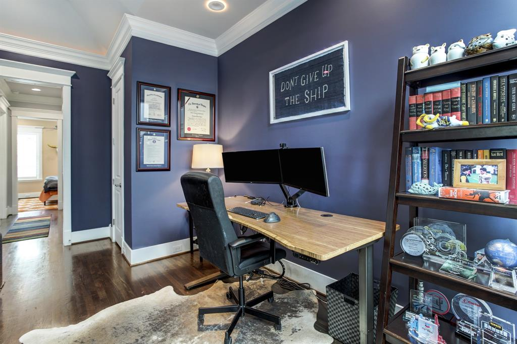 If not used for a work area, this spot could also hold home exercise equipment.