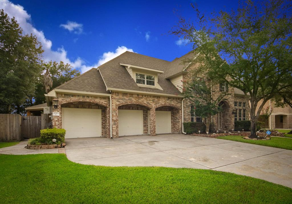 Absolutely fabulous Coventry backing to a greenbelt! Brimming with features & upgrades throughout the interior PLUS the backyard has been made into an entertainment paradise. Pool/spa, summer kitchen, gas torches, extensive landscape lighting, multiple seating areas & bar. Indoor features: hardwoods, formal dining, study, lots of built-ins, spacious rooms, arched entries & a master down. Kitchen is open and includes a breakfast nook + additional sun room. Game room up.