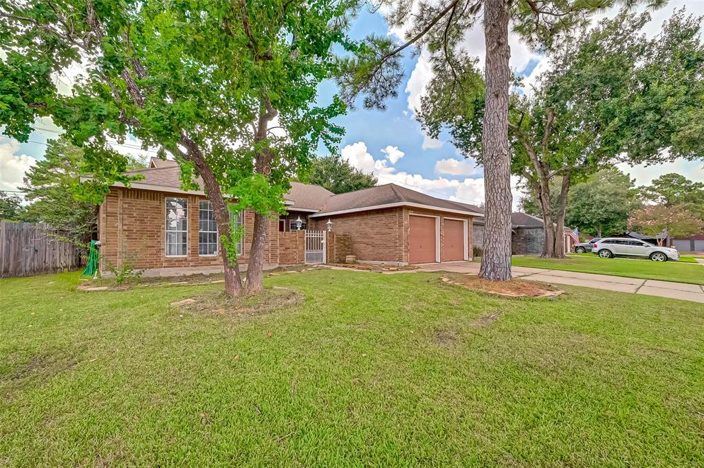 17418 Chamberlain Drive, Houston, TX 77095