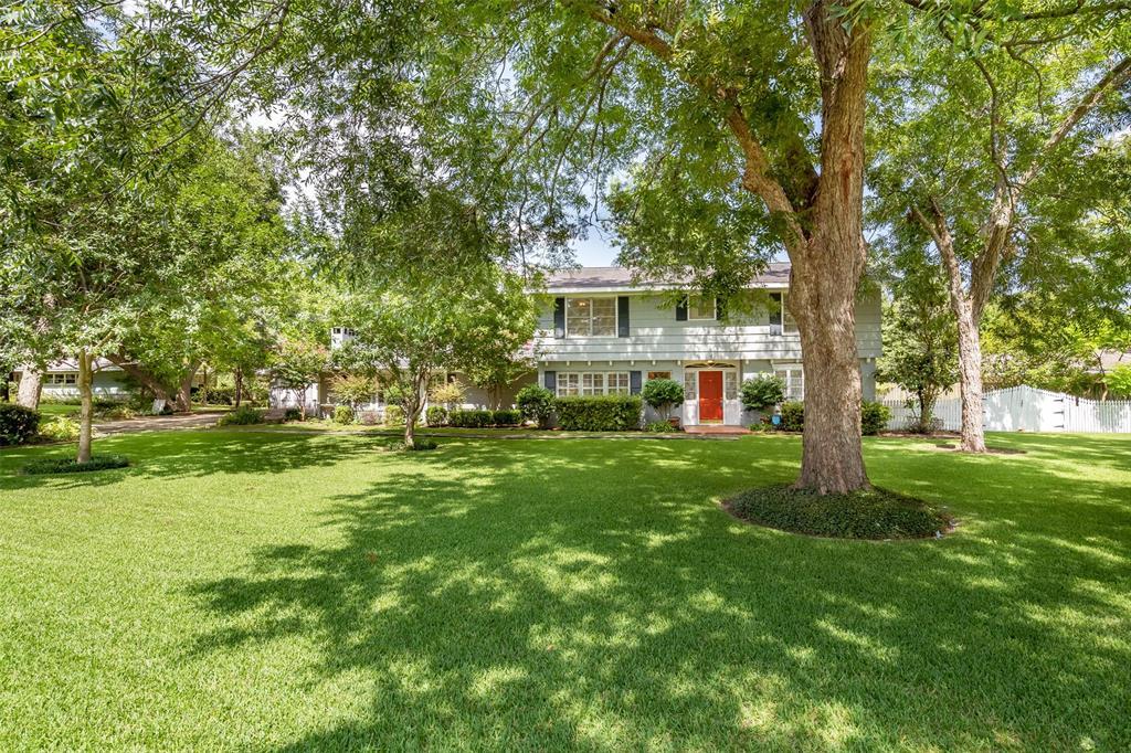 306 Lakewood Drive, Baytown, TX 77520