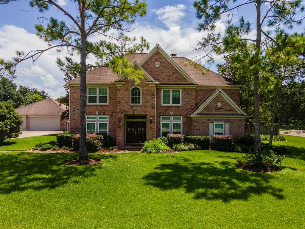 403 Timber Grove Place, Friendswood, TX 77546