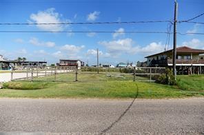 000 Pompano Lane, Surfside Beach, TX 77541