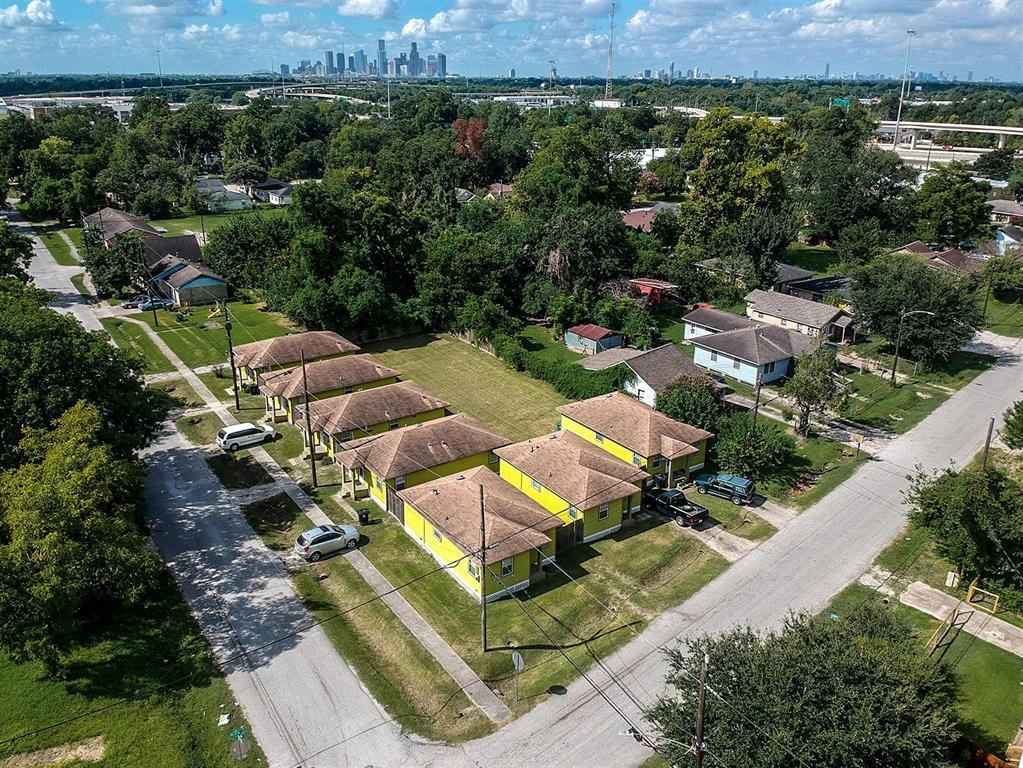 3942 King Street, Houston, TX 77026