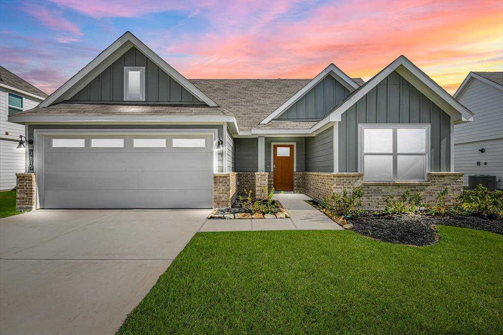 1615 Barrows Lane, Rosenberg, Texas 77469, 3 Bedrooms Bedrooms, 3 Rooms Rooms,2 BathroomsBathrooms,Single-family,For Sale,Barrows,87066859