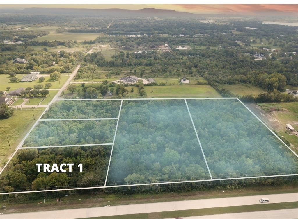 Location! Location! This corner lot is located on Bellini Road and Bailey Ave with easy access for any build. This tract is just over 2 acres AND IS ONLY 1/5 of the entire tract totaling  8.8 acres. This land can be used for residential or commercial. Zoned to Alvin ISD. Minutes from I-45 and Hwy 288.
