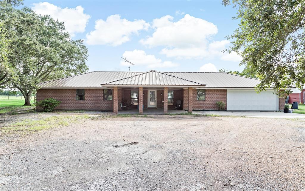 16560 Wilber Road, Hamshire, TX 77622