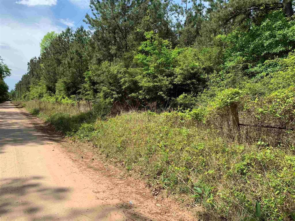 8137 Fm 1943E Road, Warren, TX 77664