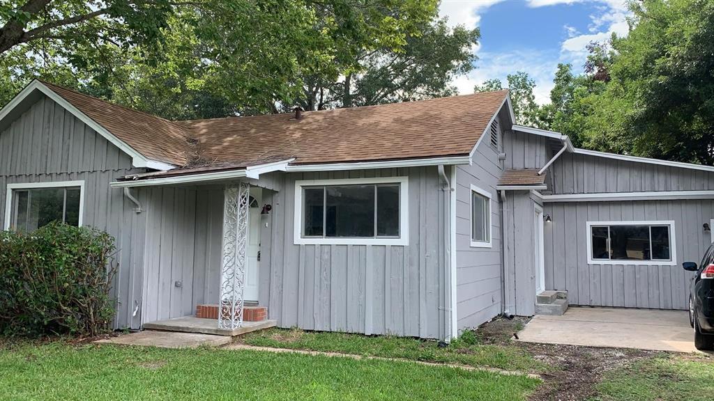 6357 Terrell Street, Groves, TX 77619