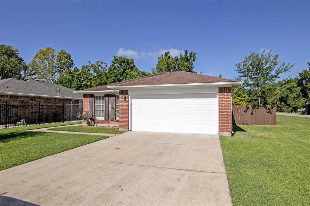 9939 Raymondville Road, Houston, TX 77093