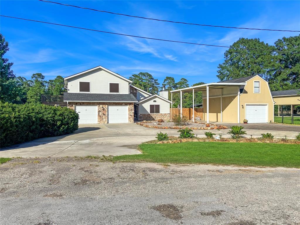 904 Ming Place, Village Mills, TX 77663