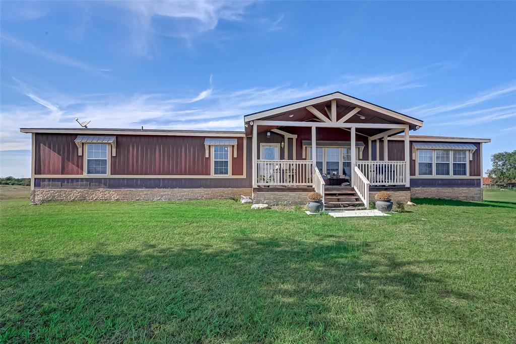 262 County Road 150, Hallettsville, TX 77964