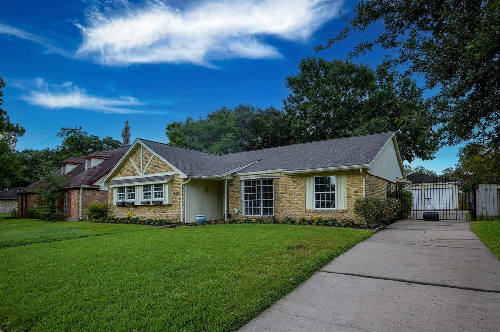 8407 Langdon Lane, Houston, TX 77036