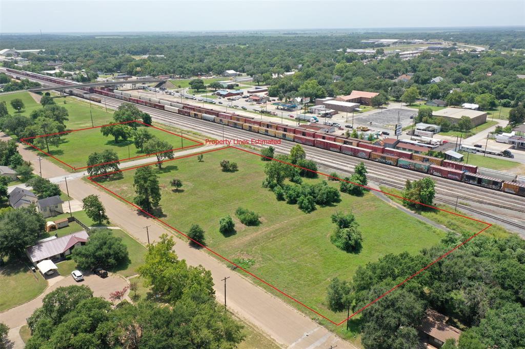0 S San Antonio, Hearne, TX 77859