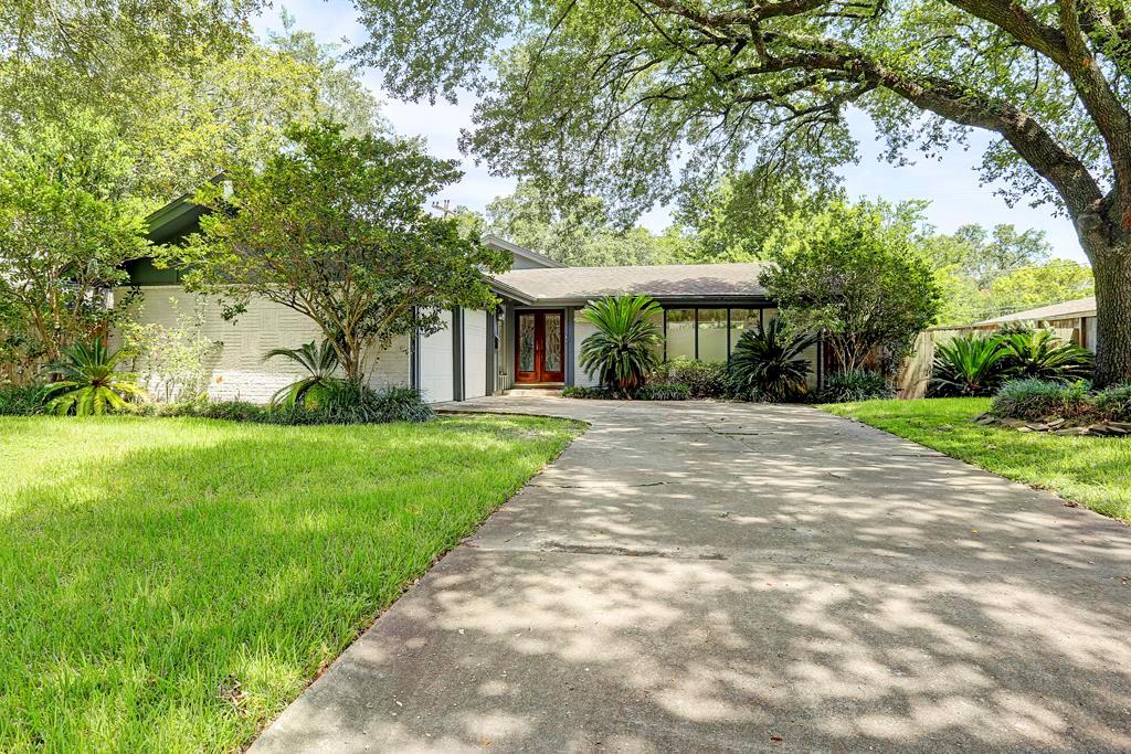 7706 Valley View Lane, Houston, TX 77074