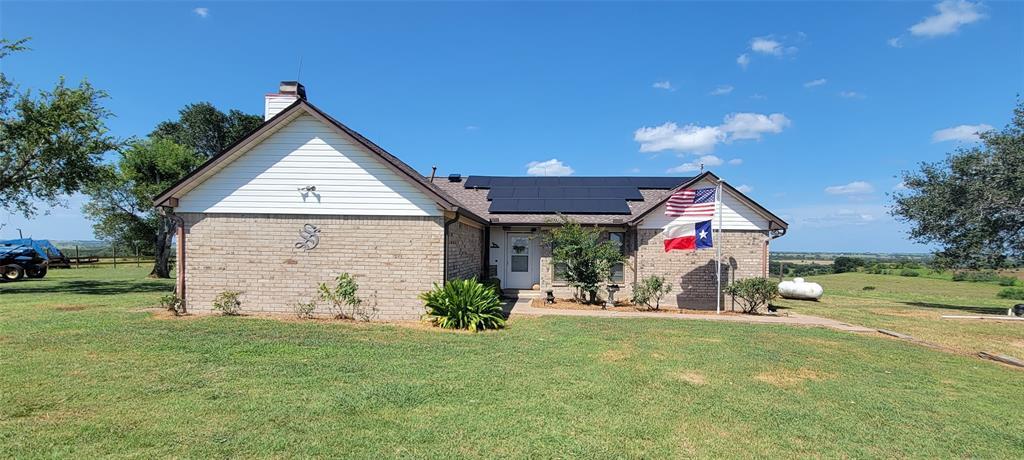 1940 County Road 268, Moulton, TX 77975